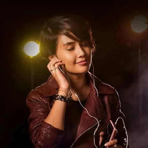 Airtel 4G model Name Sasha Chettri with photo